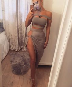 Grey & Black Bodycon Boutique Co-Ord Sizes Skirt Crop Top Night Outfits, Sexy Outfits, Sexy Dresses, Cool Outfits, Fashion Outfits, Im A Cool Girl, Thick Girl Fashion, Expensive Clothes, Classy Casual