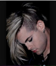 I love this pic of @TommyJoeRatliff  It's one of my favourites. (And HE is my absolute favourite )