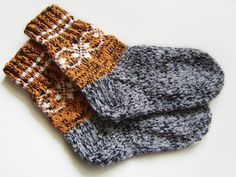 Hand Knitted Wool Socks  Black Gray and by UnlimitedCraftworks, $18.00