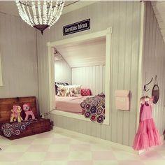 Bed Nook, Bedroom Nook, Attic Bedrooms, Room Decor Bedroom, Dream Rooms, Dream Bedroom, Girls Bedroom, Built In Bed, Small Space Interior Design