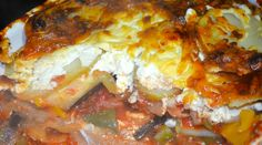 Dietitian UK: Vegetable Potato Lasagne - a quick cheat to make lasagne that is super healthy, using  a special cream cheese white sauce and potatoes instead of pasta!
