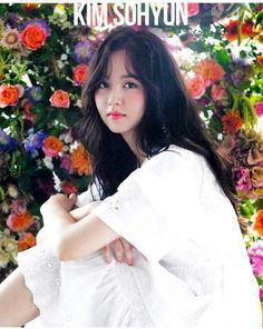 KimSoHyun 10-STAR Magazine 2017 Sep