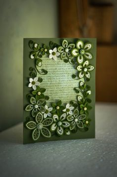*QUILLING ~ Green Greeting card for any occasion ornate with flowers Quilling Photo Frames, Paper Quilling Tutorial, Paper Quilling Flowers, Paper Quilling Cards, Quilling Work, Neli Quilling, Origami And Quilling, Paper Quilling Patterns, Quilled Paper Art