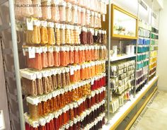 A little Kapipara (Capybara) told me about Bead Town in Tokyo. Located in Asakusa-bashi (浅草橋) are numerous distributors selling huge assortment of beads, gems, crystals, precious stones, jewelry fi...