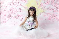 Fotografia de copii, o clipă de magie - Catalog fotografi de familie Tulle, Skirts, Fashion, Moda, Fashion Styles, Tutu, Skirt, Fashion Illustrations, Gowns