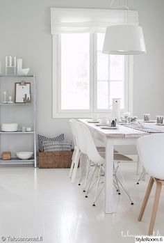 Scandinavian dining room by Talosanomat. Dining Room Inspiration, Home Decor Inspiration, Modern Interior, Interior Design, Home And Deco, Home And Living, Home Fashion, Living Spaces, Sweet Home