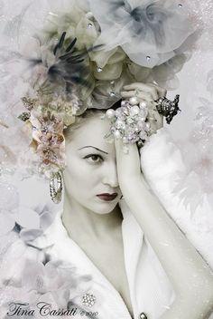 Nina de Lianin. Artist. Singer. Model. ShowGirl. Berlin. Germany. by Tina Cassati