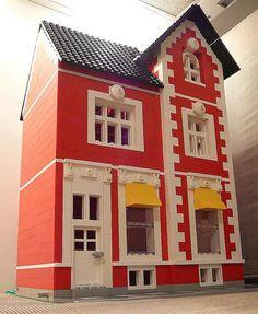 Simple but nice little house.  Lego Tzar Shishman House by georgivar