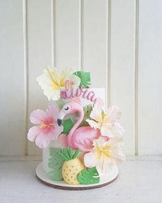 Diy Flamingo Party – A complete manual – … - Birthday Cake Flower Ideen Flamingo Party Supplies, Baby Supplies, Tropical Home Decor, Tropical Interior, Tropical Furniture, Flamingo Birthday, Girl Cakes, Fondant Cakes, Themed Cakes