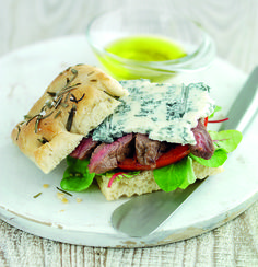 Gorgonzola Focaccia Sandwich Recipe Recipe of the day is this healthy sandwich of Gorgonzola Focaccia with Scotch sirloin steak and beef tomato. The sandwich is perfect for lunch or dinner as it is filling but still healthy for the calorie co Focaccia Sandwich Recipe, Soup And Sandwich, Cheese Dishes, Tasty Dishes, Healthy Foods To Eat, Healthy Dinner Recipes, Eating Healthy, Steak Recipes, Soup Recipes