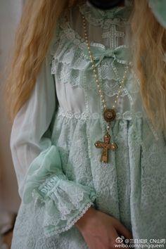 Angelic Pretty's Katrina in mint Pastel Fashion, Kawaii Fashion, Lolita Fashion, Sweet Style, Style Me, Pastel Mint, Pastel Goth, Korea Street Style, Brolita