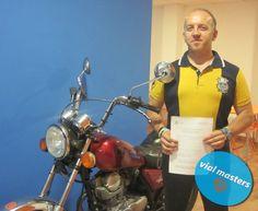 Juan José se sacó el permiso de moto en Autoescuelas Vial Masters... ¡Un tío genial! ¡Disfrútalo!  Más en http://vialmasters.es