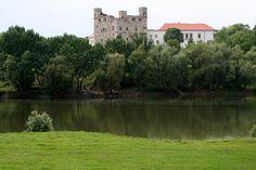 sarospatak castle hungary | Sarospatak Castle and the Bodrog river | Explore…