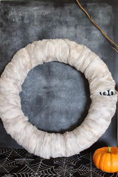 Spookily Cute DIY Wreath | Make your own wreath, spooky style!