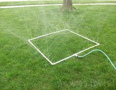 Excelente idea de regador para el jardín con tubos de pvc