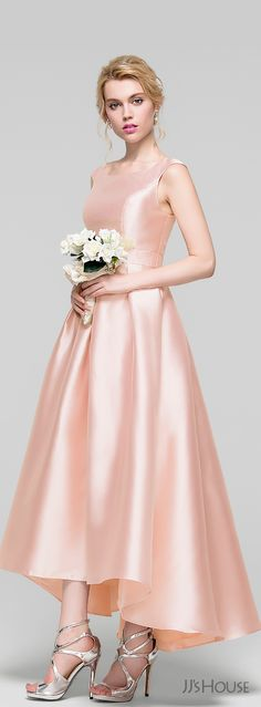 Made of shimmering satin, this gleaming pearl pink bridesmaid dress features a sleeveless bodice with scoop neck and asymmetrical hemline. Her high-low satin shell and rigid lining will let you shine as a gorgeous bridesmaid at the bridal party. Peach Prom Dresses, Girls Bridesmaid Dresses, Royal Dresses, Wedding Party Dresses, Peach Dress Bridesmaid, Pink Satin Dress, Satin Cocktail Dress, Satin Dresses, Cocktail Dresses