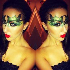 """It's not nice to fool with Mother Nature."" -Poison Ivy @passionnightclub #HeroesVsVillains #comicbook #theme #night #passionnightclub #hardrockcasino #hollywood #nightclub #bartender #bartending #poisonivy #mask #redlips #glitter #sexy #villain #mothernature #chantelleartistry #makeupartistry #makeupartist #makeupart #makeupisart #makeupblog #facepainting #makeup #artist #maccosmetics #ilovemaciggirls #lifeofanartist (at Passion Nightclub)"