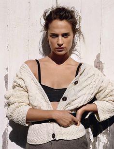 Vogue UK August 2016 Alicia Vikander by Alasdair McLellan-2
