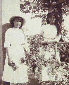 Grand Duchesses Anastadia and Maria Nikolaevna Romanova of Russia.A♥W
