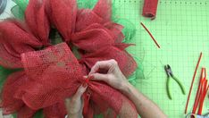 This is an updated version of the Poinsettia Wreath Tutorial that we initially did back in We used a stacked method with two wreaths, one was a Crochet Ornaments, Christmas Crochet Patterns, Crochet Snowflakes, Crochet Christmas, Dishcloth Knitting Patterns, Knit Dishcloth, Christmas Angels, Christmas Crafts, Christmas Christmas