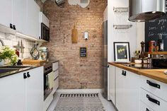 Best Of 23 Portraits For Apartment Kitchen Renovation - Home Living Now Brick Wall Kitchen, Kitchen Dinning, Kitchen Decor, Kitchen Design, Kitchen Island, Studio Kitchen, Kitchen White, Open Kitchen, Apartment Kitchen Storage Ideas