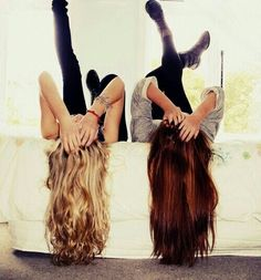 Picture for you & your best friend to take @Samantha VanVoorhis why do I feel like we would fall trying to take this pic! LOL