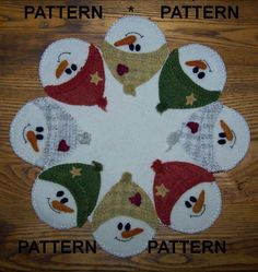 """Snow Faces!"" Wool Penny Rug Candle Mat *PATTERN* 