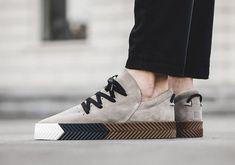 brand new d310c c41ce Adidas alexander wang skate us uk 6 6.5 7 8 9 10 grey black by8910 aw brown  tan