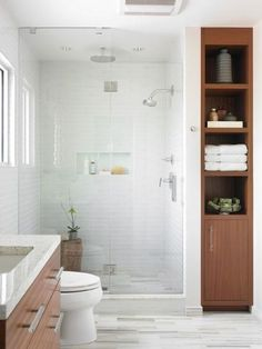 Modern Bathroom Design Ideas, Pictures, Remodel and Decor Upstairs Bathrooms, Downstairs Bathroom, Bathroom Renos, Bathroom Renovations, Bathroom Interior, Modern Bathroom, Bathroom Small, Bathroom Closet, Houzz Bathroom