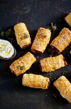 Sweet potato and feta 'sausage' rolls is part of Savoury food - Looking for an easy vegetarian starter or snack You can't go past these hearty sweet potato and feta sausage rolls Vegetable Recipes, Vegetarian Recipes, Cooking Recipes, Healthy Recipes, Savory Snacks, Healthy Snacks, Vegetarian Starters, Gula, Wontons
