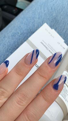 Nail Design Stiletto, Nail Design Glitter, Blue Acrylic Nails, Acrylic Nail Designs, Stylish Nails, Trendy Nails, Gel Nails, Nail Polish, Manicure E Pedicure