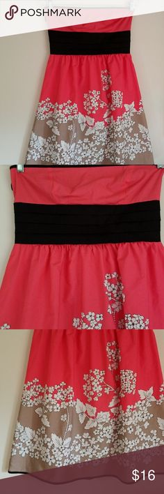 SPEECHLESS PINK ,BLACK GRAY STRAPPLES DRESS Speechless pink, black and gray dress in great conditions Speechless Dresses Midi