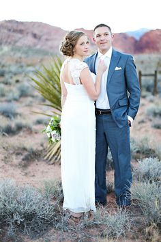 Las Vegas Elopement  Photos by j. anne photography