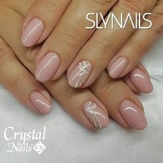 40 Beauty Wedding Nails Ideas For BrideNude manicure with a hint of white and sparkle - Nagel Eye-Catching and Fashion Acrylic Nails, Matte Nails, Glitter Nails Designs.nail nails Source by Sparkle Nails, Pink Nails, My Nails, Glitter Nails, Gold Nails, Stylish Nails, Trendy Nails, Cute Nails, Bridal Nails