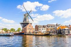 Why Haarlem, Netherlands is the Perfect Day Trip from Amsterdam | Just 20 minutes from Schiphol Airport, the little Amsterdamhas canals, breweries, and classic architecture.  Netherlands Photography Acesse Nosso Blog encontre muito mais Informações http://storelatina.com/travelling   #recipes #photography #photographytravel #traveling #classicalarchitecture