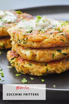These zucchini fritters are primarily made from vegetables with some added breadcrumbs and cheese for the perfect texture. These make a great appetizer or side dish for your family to enjoy! #zucchinirecipes #fritters #glutenfree Great Recipes, Healthy Recipes, Healthy Meals, Yummy Recipes, Vegetarian Meals, Keto Recipes, Yummy Food, Lchf, Gluten Free Zucchini Fritters