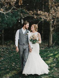 Sweet wedding photo idea {Logan Clement}