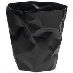 Pot à crayons noir design froissé Couleur Noir Matière PVC - Voguez sur la tendance du froissé avec ce pot à crayons design ! Mais attention ne le con