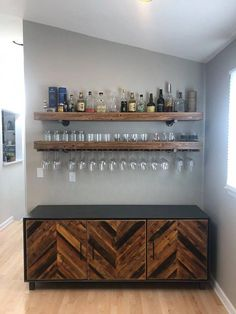 """Best Built In Bar With Floating Shelves Furniture Designs To many of us, the term """"built-in a bar"""" just brings up images of corporate dining rooms that have an old-fashioned feel to them. Diy Home Bar, Home Bar Decor, Home Bars, Diy Bar, In Home Bar Ideas, Home Wine Bar, Home Bar Plans, Small Bars For Home, Bar Sala"""