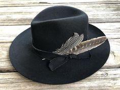 """Ole Jamestown"" Western Boho Cowgirl Hats – Lil Bee's Bohemian Custom Cowboy Hats, Cowgirl Hats, Western Hats, Cowgirl Style, Western Outfits, Boho Beach Style, Gypsy Style, Boho Chic, Bohemian"