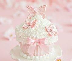 Imagem de pink, cupcake, and food