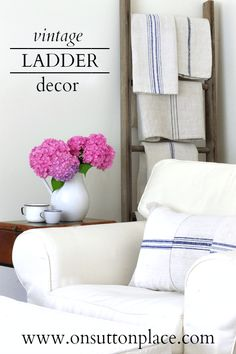 Antique grain sacks or family heirloom linens placed on a vintage ladder.what a great way to display them. French Country Cottage, French Country Decorating, French Farmhouse, Country Living, Farmhouse Style, Vintage Ladder, Antique Ladder, Farmhouse Tv Stand, Tv Stand Designs