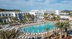 Booking.com: Grand Palladium White Island Resort & Spa - All Inclusive , Playa d'en Bossa, Spain - 313 Guest reviews . Book your hotel now!