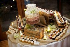 rustic cupcake display   Cupcake Wedding Display Cards Picture