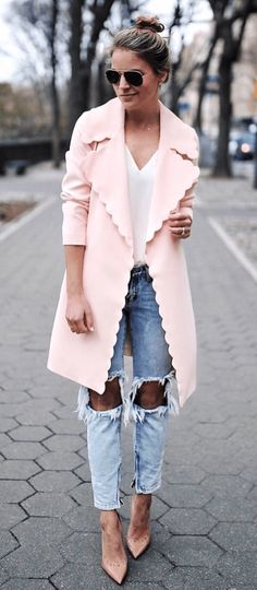 Pink trench coat ropa elegant summer outfits, fashion outfits y autumn fash Elegant Summer Outfits, Fall Outfits, Casual Outfits, Fashion Outfits, Womens Fashion, Fashion Trends, Elegant Outfit, Autumn Outfits Women, Fashion News