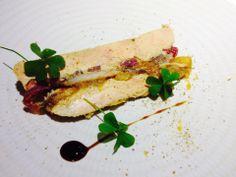 Terrine de foie gras, pickles d'oignon rouge, sardine et pommes confites, vieux balsamique
