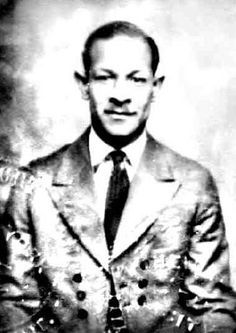 WELLMAN BRAUD was a famous jazz musician & bandleader, who became a professional musician at age 12. He played the violin, trombone, tuba and is most noted for playing the upright bass. He is the pioneer of the rhythmic slap upright bass style that changed the sound of jazz, resulting in most bands of his time switching from the use of a tuba to the upright bass. Braud played with a host of professional musicians and was the 1st string bass player in the Ellington Orchestra.