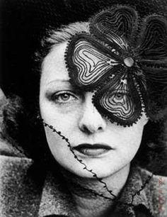 Lily Dache, 1937