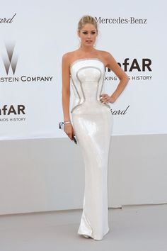 Va-Va-Voom! See the Sexiest Dresses to Hit the Red Carpet in 2012 : Doutzen Kroes stepped out in a fitted corset-style white Versace column dress for the amfAR Gala in Cannes.