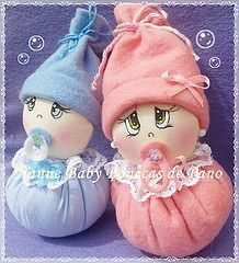Tiny Dolls, Soft Dolls, Cute Dolls, Baby Crafts, Felt Crafts, Baby Timeline, Baby Shower Souvenirs, Knitting Machine Patterns, Towel Crafts